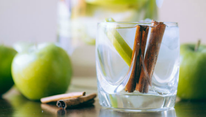 apple cinnamon detox water for weight loss